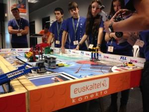 Escolares en la First Lego League