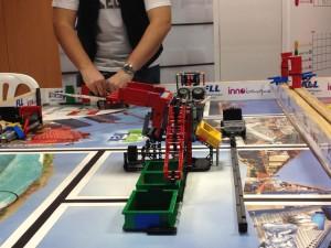 robot en la FLL Euskadi