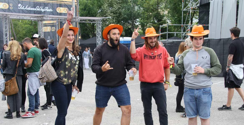 Grupo de ganadores del sorteo Azkena Rock Festival