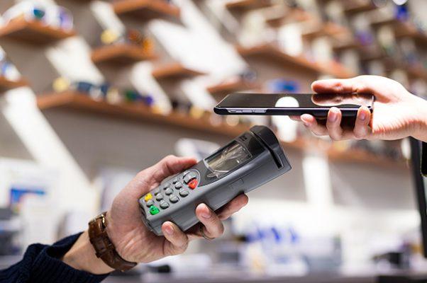 Todo lo que necesitas saber para pagar con tu móvil