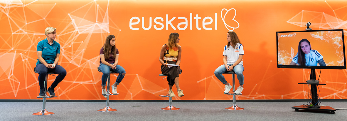 """Encuentro virtual """"Mujer y Deporte"""", organizado por Euskaltel"""